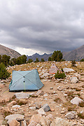 Camping above Vidette Meadow; John Muir Trail/Pacific Crest Trail; Sequoia Kings Canyon Wilderness; Kings Canyon National Park; Sierra Nevada Mountains, California, USA.
