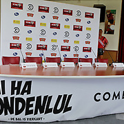 NLD/Amsterdam/20120313 - Perspresentatie Hi Ha Hondenlul,