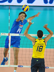 09-10-2010 VOLLEYBAL: FIVB 2010 WORLD CHAMPIONSHIP: ITALIA - BRAZIL: ROME<br /> Alessandro fei (ITA) Dante (BRA)<br /> ©2010- EXPA/ InsideFoto/ Andrea Staccioli +++++ ATTENTION - FOR NETHERLANDS CLIENT ONLY +++++ / / WWW.FOTOHOOGENDOORN.NL<br /> PHOTO AGENCY