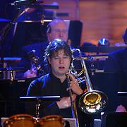 NLD/Utrecht/20060319 - Gala van het Nederlandse lied 2006, Metropole Orkest, trombonist