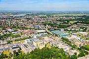 Nederland, Gelderland, Nijmegen, 09-06-2016; landgoed Heyendael, campus Radboud Universiteit Nijmegen met onder andere Huygensgebouw en Radboudumc. Binnenstad Nijmegen in de achtergrond.<br /> Heyendaal estate, Radboud University Nijmegen campus, Radboud University Medical Centre.<br /> <br /> luchtfoto (toeslag op standard tarieven);<br /> aerial photo (additional fee required);<br /> copyright foto/photo Siebe Swart