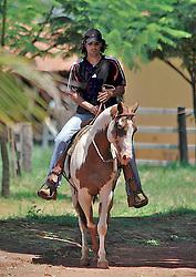 O capitão do Sport Clube Internacional, Campeão Mundial de Clubes descansa em sua fazenda no interior de Goiás. FOTO: Marcelo Campos/Preview.com