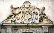 Kartusz z herbem Lubomirskich z zamkowego portalu