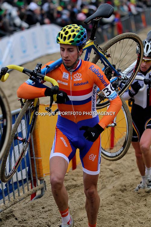 Thijs van Amerongen werd 23e op ruime achterstand van Niels Albert