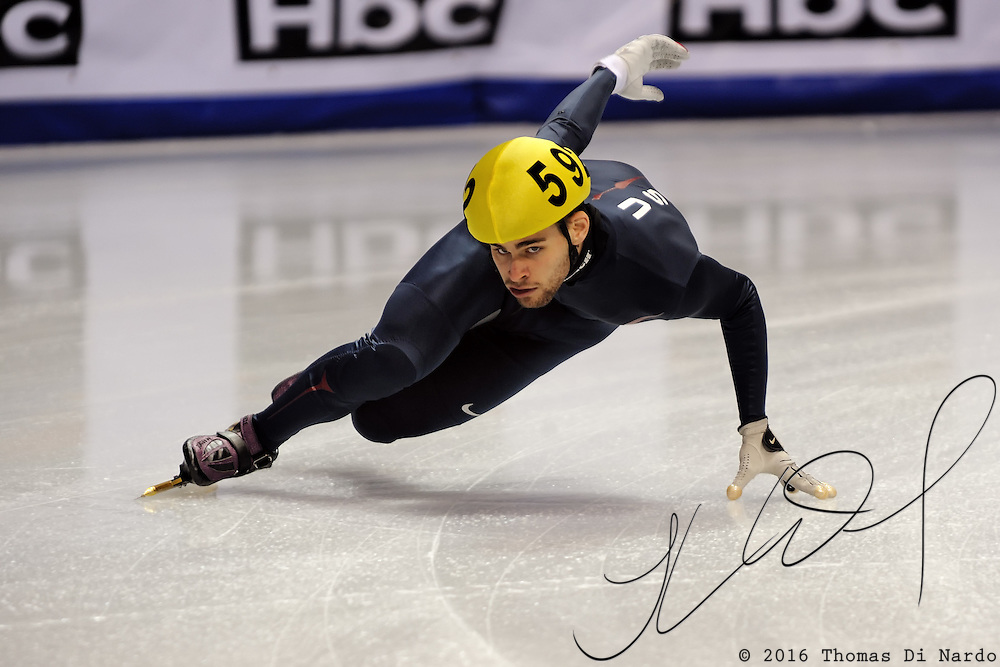 2008 World Cup Short Track - Vancouver - Jeff Simon (USA) takes a few practice laps during the Sunday Warm-up.