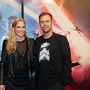 NLD/Amsterdam/20191218 - Premiere van Star Wars: The Rise of Skywalker, Armin van Buuren met partner Erika van Thiel