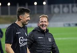 Store smil hos målmand Kevin Stuhr Ellegaard og cheftræner Morten Eskesen (FC Helsingør) efter kampen i 1. Division mellem FC Helsingør og Silkeborg IF den 11. september 2020 på Helsingør Stadion (Foto: Claus Birch).