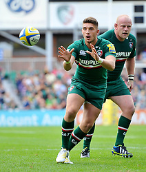 Leicester Tigers replacement Owen Wiliams looks to receive a pass - Photo mandatory by-line: Patrick Khachfe/JMP - Tel: Mobile: 07966 386802 - 08/09/2013 - SPORT - RUGBY UNION - Welford Road Stadium - Leicester Tigers v Worcester Warriors - Aviva Premiership.