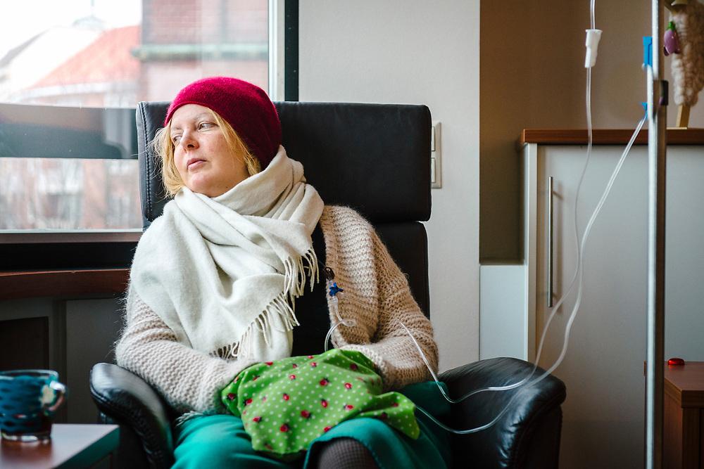 Annette bei der Chemotherapie