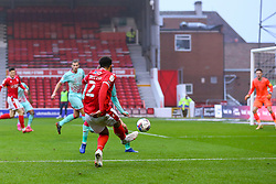 Cyrus Christie of Nottingham Forest crosses into the box - Mandatory by-line: Nick Browning/JMP - 29/11/2020 - FOOTBALL - The City Ground - Nottingham, England - Nottingham Forest v Swansea City - Sky Bet Championship