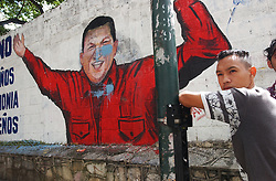 Graffiti and propaganda posters have been popping up all over Caracas public property the past few weeks in anticipation of the Aug 15 presidential referendum.  As the country inches towards a presidential referendum, Venezuela's opposition seems to be limping towards the finish line.  Many say the opposition lacks a clear proposal for the future of the country, and they certainly lack a clear presidential candidate, though a primary is scheduled for Aug 22 pending the results of the referendum.