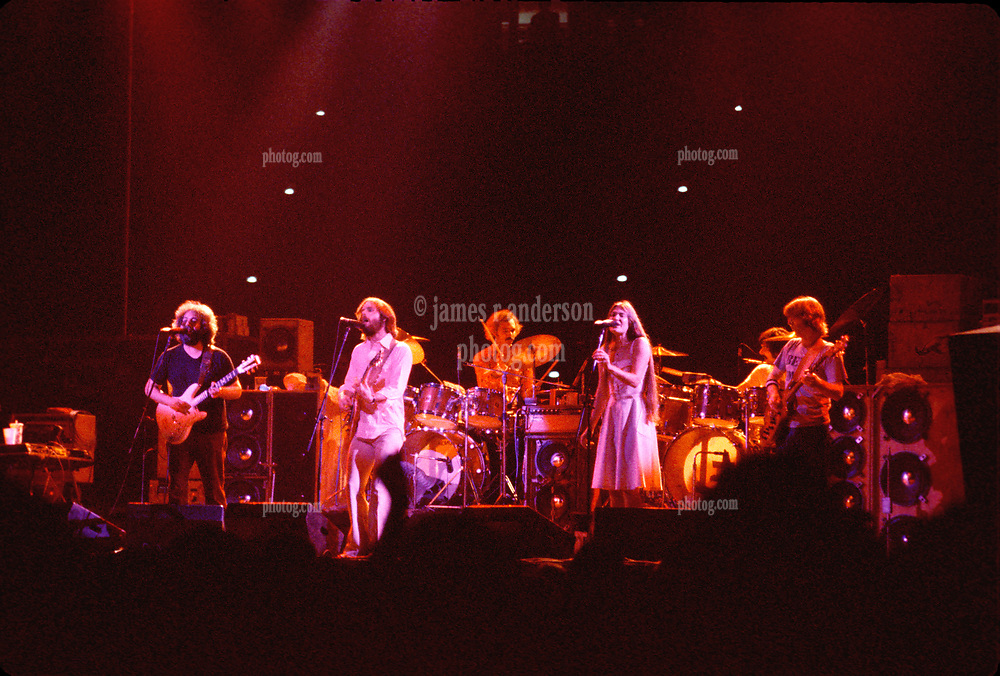 The Grateful Dead at the Hartford Civic Center 28 May 1977