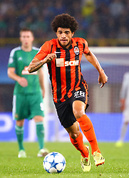 19.08.2015, Ernst Happel Stadion, Wien, AUT, UEFA CL, SK Rapid Wien vs Schachtjor Donezk, Playoff, Hinspiel, im Bild Taison (FC Shakhtar Donetsk)// during UEFA Champions League Playoff 1st Leg match between SK Rapid Vienna and FC Shakhtar Donetsk at the Ernst Happel Stadium in Vienna on 2015/08/19. EXPA Pictures © 2015, PhotoCredit: EXPA/ Sebstian Pucher