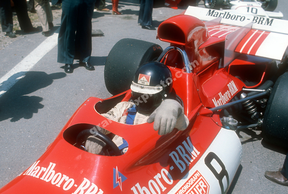 Peter Gethin (BRM) in theb pits before the 1972 Spanish Grand Prix in Jarama. Photo: Grand Prix Photo