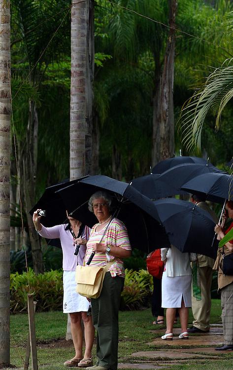 Brumadinho_MG, Brasil...Turistas no open house do Museu de Inhotim (CACI) em Brumadinho...Tourists in the open house in Museu de Inhotim (CACI) in Brumadinho...Foto: BRUNO MAGALHAES / NITRO..