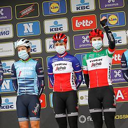 04-04-2021: Wielrennen: Ronde van Vlaanderen (Vrouwen): Oudenaarde<br />Trek-Segafredo; Ellen van Dijk; Lizzie Deignan; Audrey Codron; Elisa Longo Borghini; Lucinda Brand: