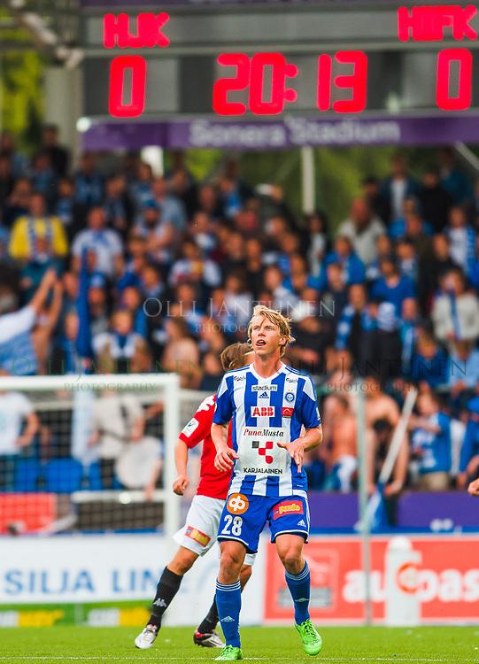 HJK:n Rasmus Schüller Helsingin paikallisottelussa HJK-HIFK Veikkausliigassa. Sonera Stadium, Helsinki, Suomi. 6.7.2015.