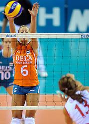18-09-2011 VOLLEYBAL: DELA TROPHY NEDERLAND - TURKIJE: ALMERE<br /> Nederland wint met 3-0 van Turkije en wint hierdoor de DELA Trophy / Maret Grothues<br /> ©2011-FotoHoogendoorn.nl