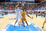 Thompson Darius<br /> Happy Casa Brindisi - Carpegna Prosciutto Basket Pesaro<br /> Legabasket SerieA  2019 - 2020<br /> Brindisi 20/10/2019<br /> Foto GiulioCiamillo// Michele Longo