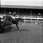 "05/08/1960<br /> 05/08/1960<br /> 05 August 1960<br /> R.D.S Horse Show Dublin (Friday). Aga Khan Trophy. Ernesto HartKopf, (Argentina) on ""Baltasaa""."