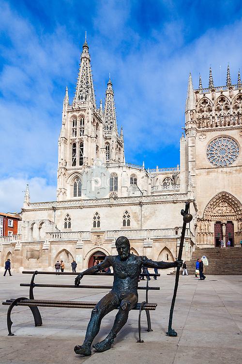 Estatua del Peregrino. Camino de Santiago. Catedral de Burgos. Castilla y León. España. Europa ©Javier Abad / PILAR REVILLA
