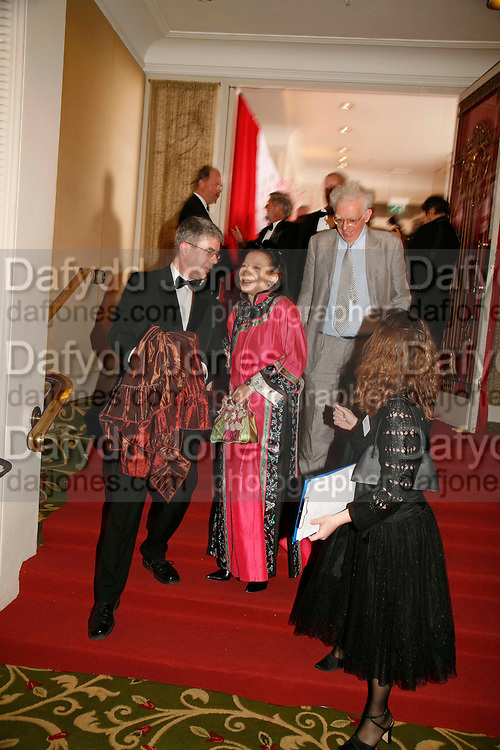 JUNG CHANG, 17th Annual Book Awards, hosted by richard and Judy. grosvenor House. London. 29 March 2006. ONE TIME USE ONLY - DO NOT ARCHIVE  © Copyright Photograph by Dafydd Jones 66 Stockwell Park Rd. London SW9 0DA Tel 020 7733 0108 www.dafjones.com