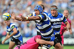 Leroy Houston of Bath Rugby offloads the ball - Photo mandatory by-line: Patrick Khachfe/JMP - Mobile: 07966 386802 13/09/2014 - SPORT - RUGBY UNION - Bath - The Recreation Ground - Bath Rugby v London Welsh - Aviva Premiership