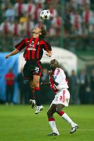 Milano 16/9/2003 <br />Champions League <br />Milan Ajax 1-0 <br />Andrea Pirlo (Milan) Hatem Trabelsi (Ajax) <br />Fot Andrea Staccioli Graffiti