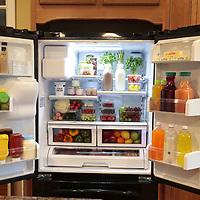 D1912SMSA Refrigerator Shoot