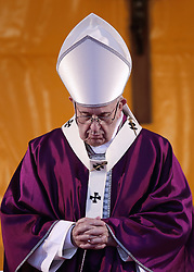 November 2 2018- Rome, Italy - POPE FRANCIS prays as he celebrates Holy Mass for the faithful departed in Rome's Laurentino cemetery. (Credit Image: © Evandro Inetti/ZUMA Wire)
