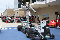 HAMILTON lewis (gbr) mercedes gp mgp w06 ambiance portrait podium ambiance    during the 2015 Formula One World Championship, United States of America Grand Prix from october 22nd to 25nd 2015 in Austin, Texas, USA. Photo DPPI