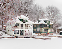 https://Duncan.co/two-cottages-in-the-snow