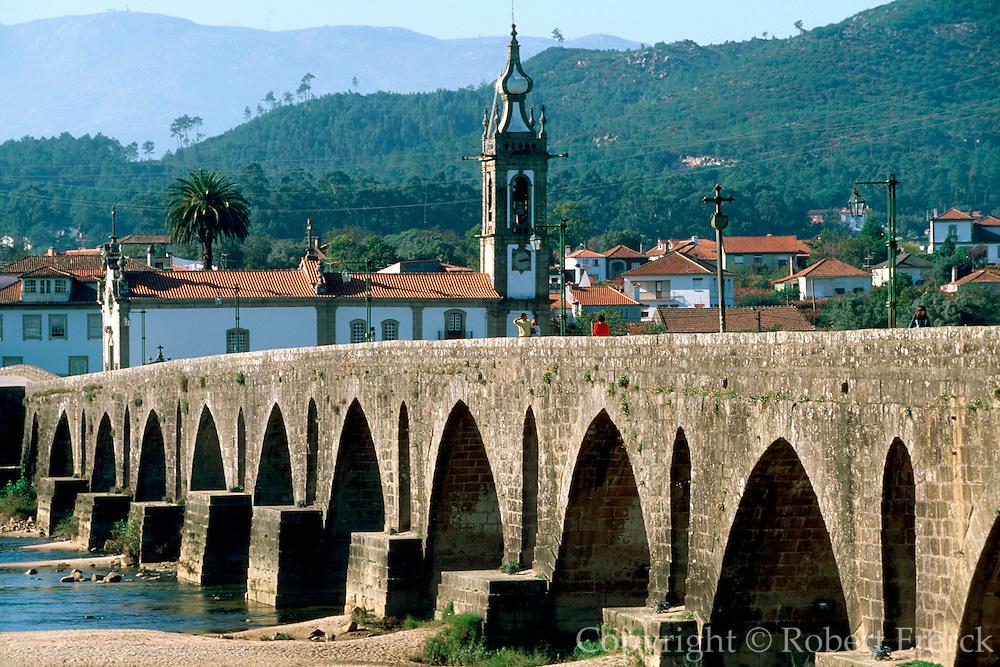 PORTUGAL, NORTH, BEIRA LITORAL AREA Ponte de Lima, attractive town of Roman origin with a Roman bridge of 31 arches crossing the Lima river