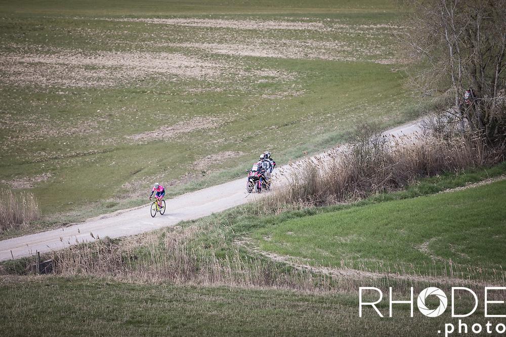 Elena Pirrone (ITA/Valcar-Travel&service) solo early breakaway<br /> <br /> 7th Strade Bianche Women Elite <br /> Siena > Siena 136km<br /> <br /> ©RhodePhoto
