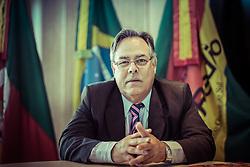 O presidente do Sindiradios, Ary dos Santos, na sede da entidade, em Porto Alegre. FOTO: Jefferson Bernardes/Preview.com
