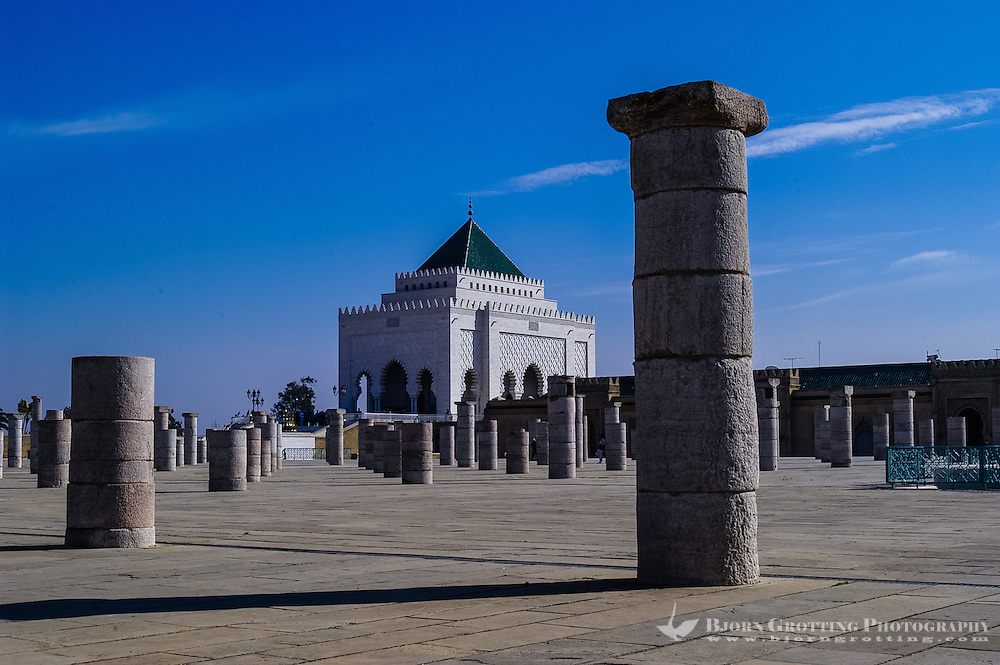 The Mausoleum of Mohammed V contains the tombs of the Moroccan king and his two sons, King Hassan II and Prince Abdallah. Rabat, Morocco.