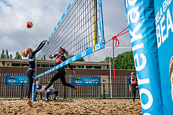 Sanne Keizer and Madelein Meppelink against Brecht Piersma and Desy Poiesz. From July 1, competition in the Netherlands may be played again for the first time since the start of the corona pandemic. Nevobo and Sportworx, the organizer of the DELA Eredivisie Beach volleyball, are taking this opportunity with both hands. At sunrise, Wednesday exactly at 5.24 a.m., the first whistle will sound for the DELA Eredivisie opening tournament in Zaandam on 1 July 2020 in Zaandam.