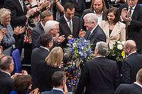 12 FEB 2017, BERLIN/GERMANY:<br /> Frank-Walter Steinmeier (M-L), neu gewählter Bundespraesident, und Horst Seehofer (M-R), CSU, Ministerpraesident Bayern, Gratulationen nach Steinmeiers Wahl zum Bundespraesident, 16. Bundesversammlung zur Wahl des Bundespraesidenten, Reichstagsgebaeude, Deutscher Bundestag<br /> IMAGE: 20170212-02-126<br /> KEYWORDS; Bundespraesidentenwahl, Bundespräsidetenwahl, gratuliert, Blumen,