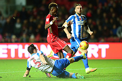 Tammy Abraham of Bristol City is challenged by Lewis Dunk of Brighton & Hove Albion - Mandatory by-line: Dougie Allward/JMP - 05/11/2016 - FOOTBALL - Ashton Gate - Bristol, England - Bristol City v Brighton and Hove Albion - Sky Bet Championship
