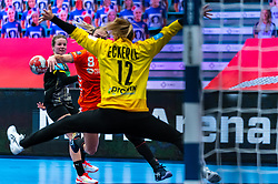 Lois Abbingh of Netherlands, Dinah Eckerle of Germany in action during the Women's EHF Euro 2020 match between Netherlands and Germany at Sydbank Arena on december 14, 2020 in Kolding, Denmark (Photo by RHF Agency/Ronald Hoogendoorn)