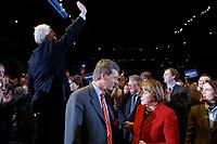 12 JAN 2003, BRAUNSCHWEIG/GERMANY:<br /> Edmund Stoiber, CSU, Ministerpraesident Bayern, Christian Wulff, CDU Landesvorsitzender Niedersachsen, Angela Merkel, CDU Bundesvorsitzende, (v.L.n.R.), nach der Rede von Stoiber, der den Applaus des Publikums entgegen nimmt, Wahlkampfauftakt der CDU Niedersachsen zur Landtagswahl, Volkswagenhalle<br /> IMAGE: 20030112-01-029<br /> KEYWORDS: Spitzenkandidat, Ministerpräsident