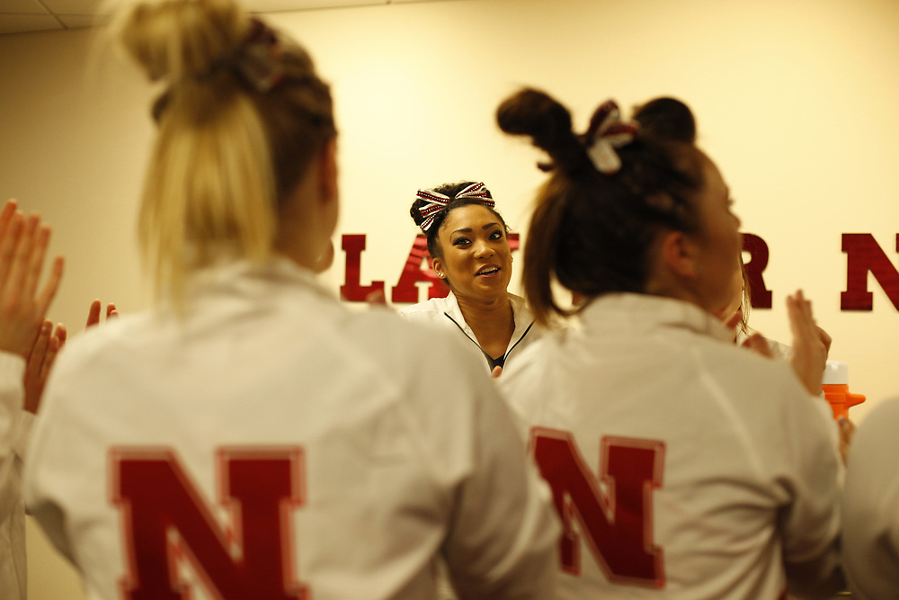 Freshman Kami Shows and her teammates prepare to take the floor to face Minnesota at the Bob Devaney Sports Center in Lincoln, Neb., on Feb. 12, 2016. Photo by Aaron Babcock, Hail Varsity