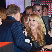 NLD/Amsterdam/20100322 -  Uitreiking Rembrandt Awards 2009, Linda de Mol in gesprek met Rene Mioch