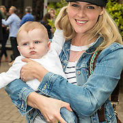 NLD/Amsterdam/20160922 - Lifestyle Event 2016 Lief, Liza Sips en zoon Jonah