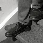 NLD/Blaricum/19930113 - Nederlanders worden steeds langer en ondervinden overlast in hun huis daarvan