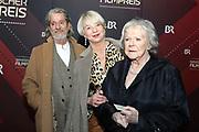 Enzi Fuchs (r.) und Rita Falk (m.) auf dem Roten Teppich anlässlich der Verleihung des 41. Bayerischen Filmpreises 2019 am 17.01.2020 im Prinzregententheater München.