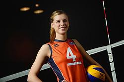 07-04-2014 NED: SELECTIE JONG ORANJE: ARNHEM<br /> Volleybalteam Jong Oranje / Britt Bongaerts<br /> ©2014-FotoHoogendoorn.nl