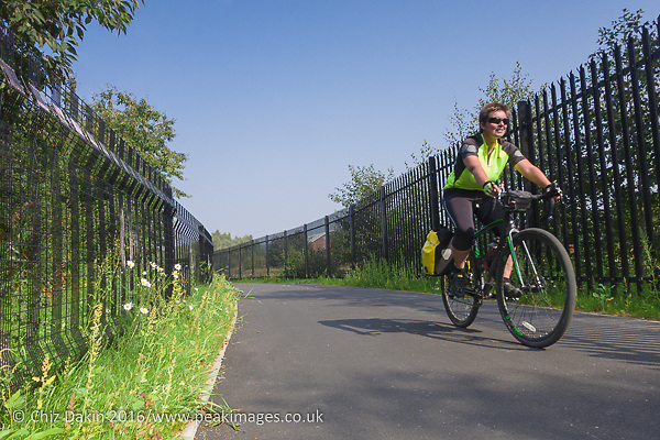 The new railway link cyclepath to Queens Park