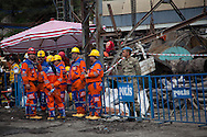Rescue workers continue to look for survivers and return remains from the Soma coal mine in western Turkey, three days after the fatal explosion took place.