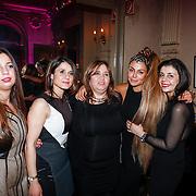 NLD/Amsterdam/20130126 - Modeshow Supertrash 2013, Olcay met haar zussen